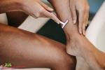 Truskawkowe nogi po goleniu